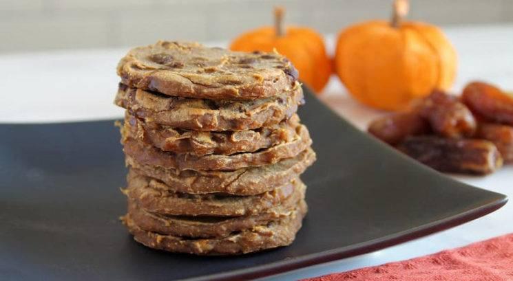 Veganski recept: Zdravi piškoti iz banane in oranžne buče