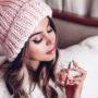 Le nekaj evrov vreden lepotni trik naredi tvoj parfum obstojen cel dan!