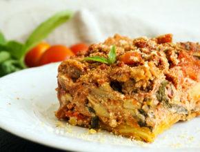 Recept: Veganska lazanja z bešamelom iz indijskih oreščkov