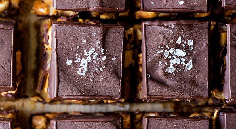 Recept: Veganski čokoladno-arašidov fudge