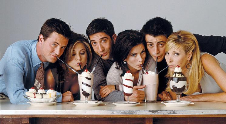 TOLIKO zaslužijo zvezdniki serije Prijatelji od ponovitev epizod