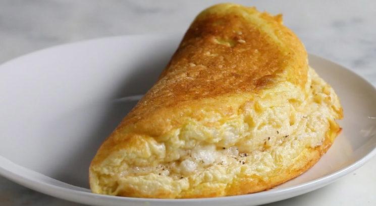 Slasten zajtrk: Najbolj puhasta omleta