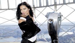 Adriana Lima razkrila brazilsko skrivnost za sijočo kožo