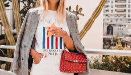 6 genijalnih načinov, kako nositi majico z grafičnim potiskom