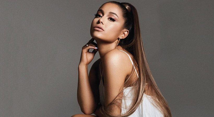 Ariana Grande končno pokazala, kako izgledajo njeni pravi, skodrani lasje!