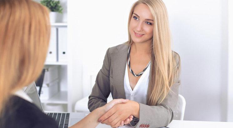 Razgovor za službo: Preprost trik, ki ti pomaga, da si izbrana prav ti!