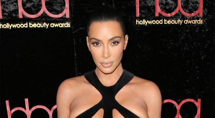 Kim Kardashian šokirala z najbolj divjo obleko doslej!