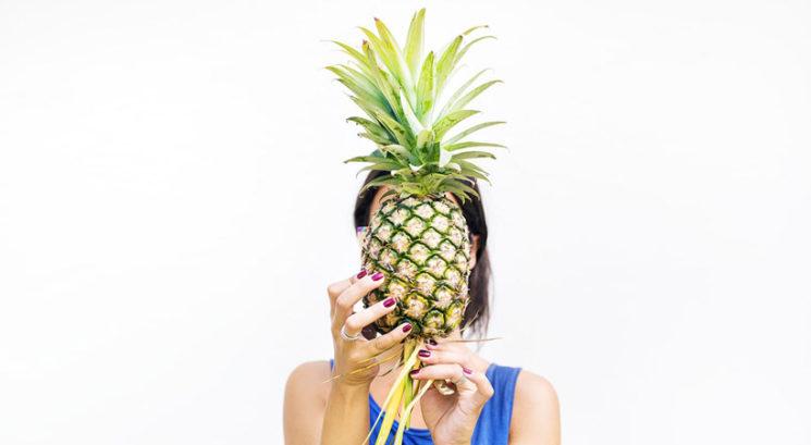 Nov način uživanja ananasa obnorel internet!