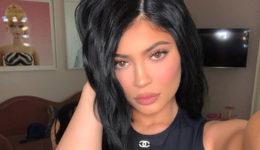 Zakaj so oboževalci Kylie Jenner prepričani, da je zvezdnica drugič noseča