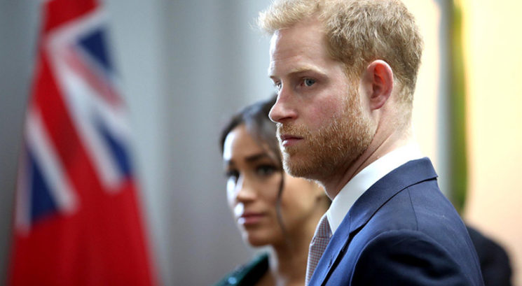 Princ Harry in Meghan Markle žalujeta!