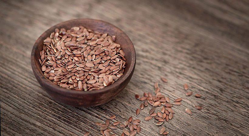 Zdravstveni razlogi, zakaj bi morala vsak dan uživati laneno seme