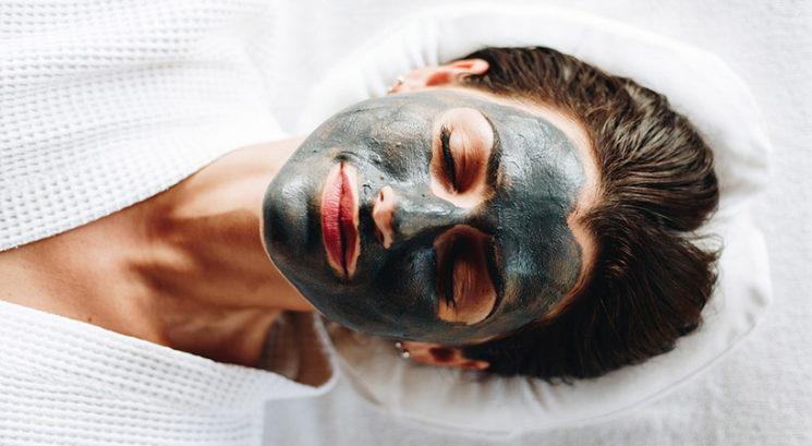 Ta čarobna maska za obraz se proda vsakih 15 sekund!