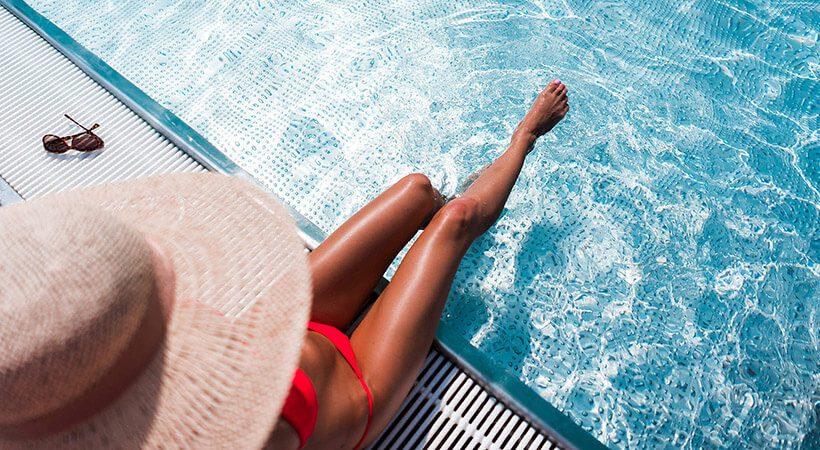 Pozor! TA poletni lepotni trend je ZELO škodljiv!