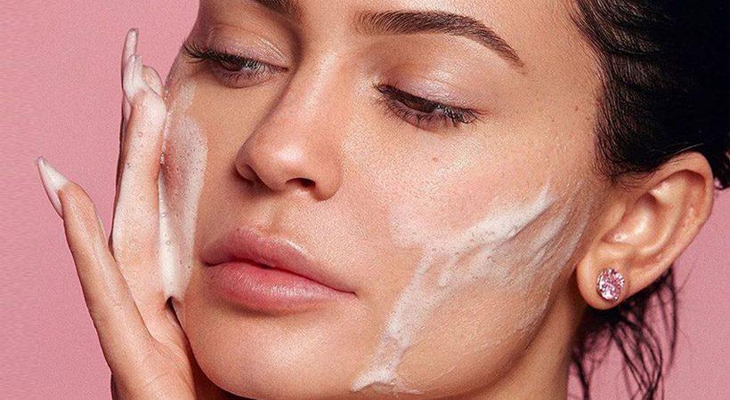 Lepota: Ti 60-sekundno pravilo res lahko pomaga do lepše kože?