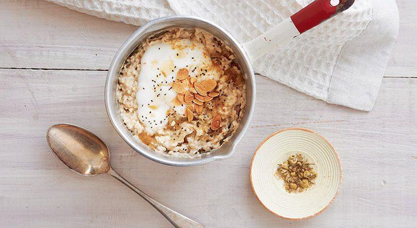Zdrav zajtrk: Kamilični ovseni kosmiči z javorjevim sirupom