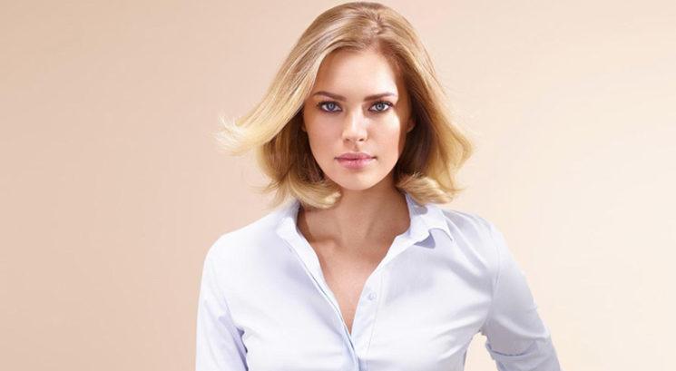 Spoznaj nov način nošenja srajce, ki ga boš vsekakor želela posnemati!
