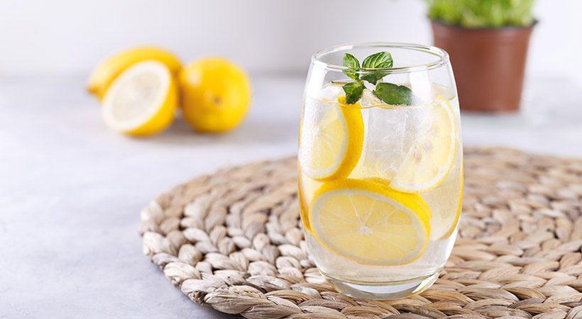 Ali ti voda z limono res pomaga pri hujšanju?