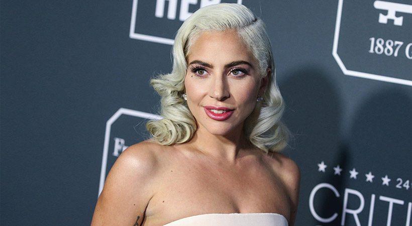 Lady Gaga in njena dvojnica izgledata IDENTIČNO!