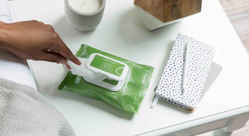Lahko robčki za čiščenje obraza škodujejo tvoji koži?