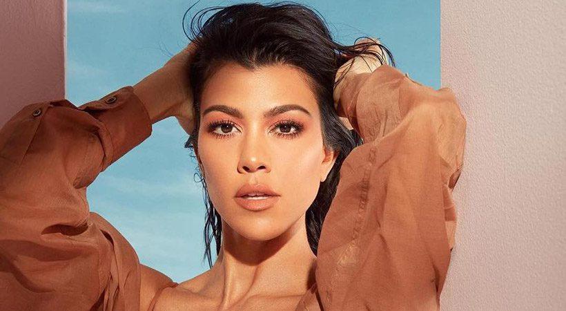 Kourtney Kardashian pokazala svoje strije