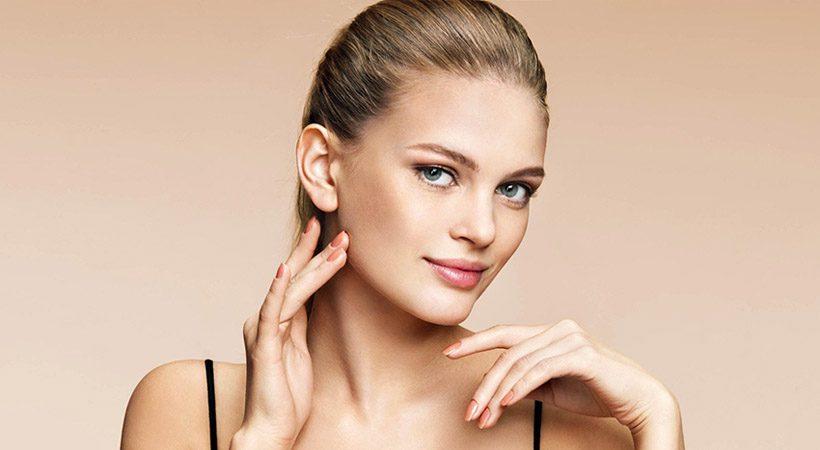Peptidi: Zakaj bi jih morala začeti nanašati na kožo