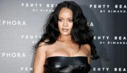 Je pevka Rihanna noseča?