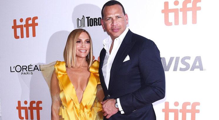 Jennifer Lopez razkrila, kdo jo bo na poroki pospremil do oltarja