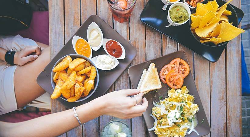 7 živil, ki te znanstveno dokazano spravijo v slabo voljo