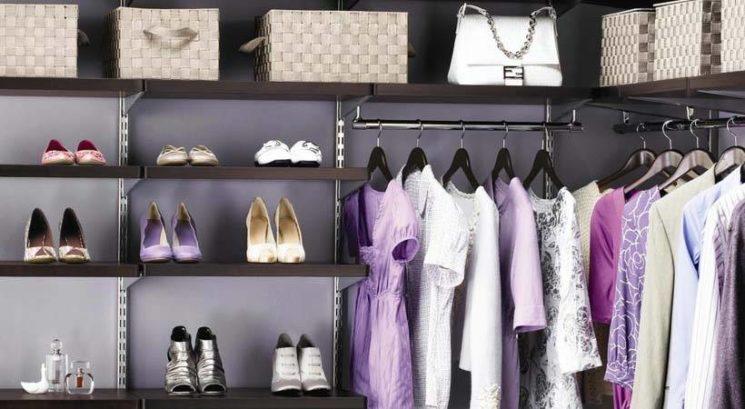 Skrivnosti žensk s popolno organiziranimi omarami