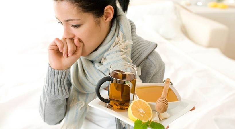 6 živil, ki ti pomagajo pomiriti vneto grlo
