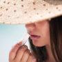 Si odvisna od balzama za ustnice?