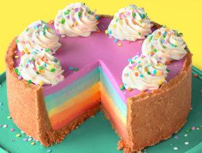 Brez peke: Mavrična skutina torta