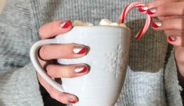 5 idej za božične nohte, ki niso kičasti ali otročji