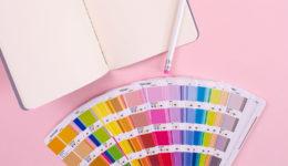 Pantone razkril barvo leta 2020