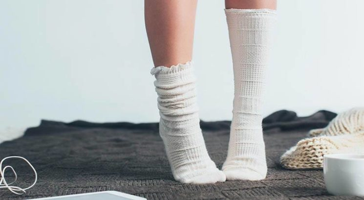 S tem načinom zlaganja nogavic prihraniš ogromno prostora!