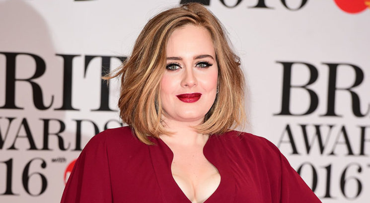 Shujšana in neprepoznavna Adele na Karibih s Harryjem Stylesom!