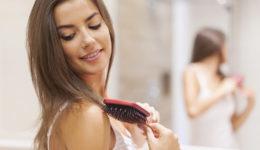 Kako najbolje in najlažje očistiti krtačo za lase