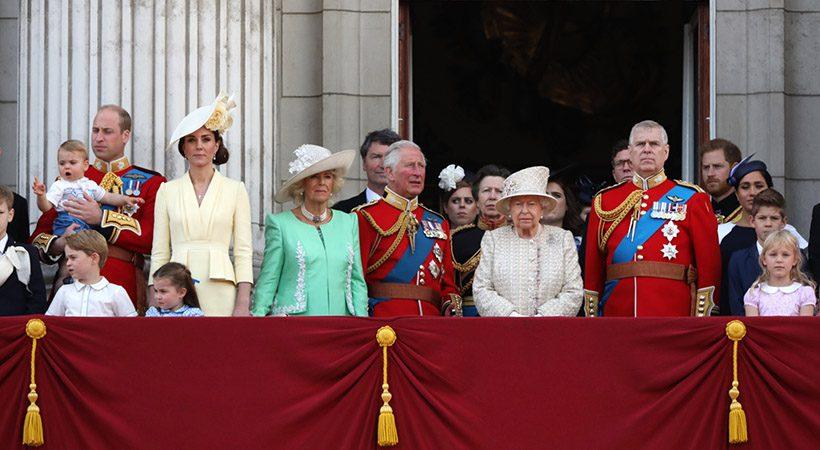 Drama na britanskem kraljevem dvoru!