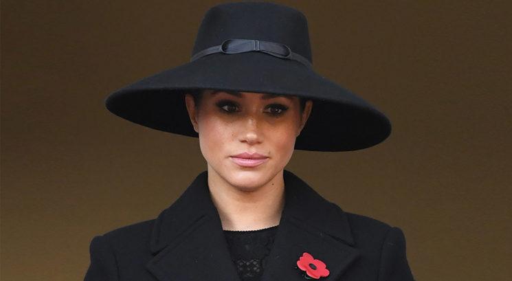 Kaj se bo zgodilo s kraljevo garderobo Meghan Markle po izstopu iz kraljeve družine