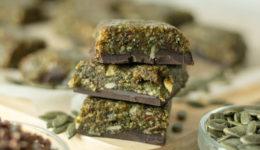 Slastno in zdravo: Bučno-čokoladne ploščice (iz 3 sestavin!)