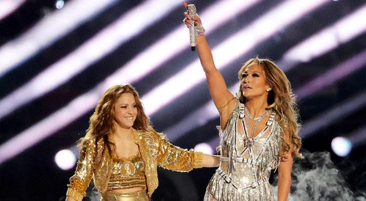 VIDEO: Jennifer Lopez in Shakira zavzeli oder na letošnjem Super Bowlu