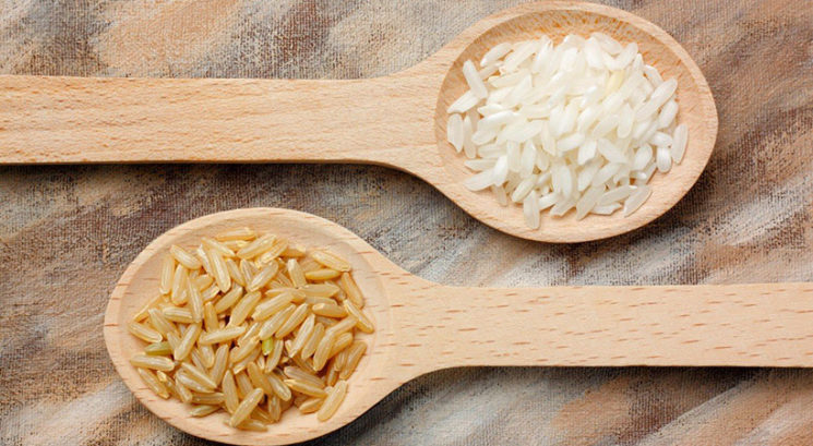Beli riž ali rjavi riž: Kateri je bolj zdrav?