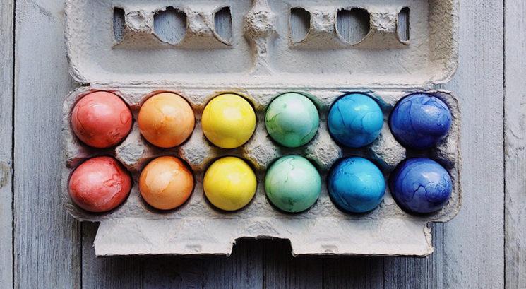 Kako narediti naravna barvila za velikonočna jajca