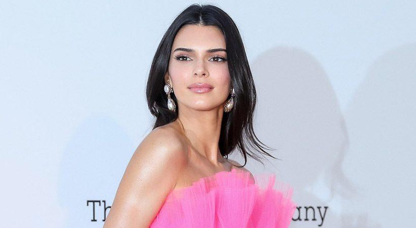 Kendall Jenner z novo barvo las izgleda kot druga oseba!