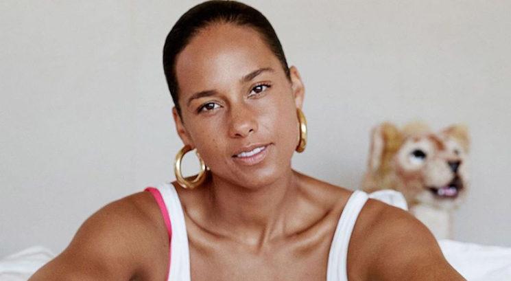 """Alicia Keys razkrila, kateri lepotni izdelek nanese """"tisočkrat na dan"""""""