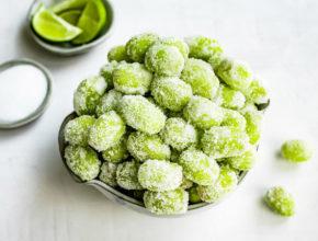 Poletni recept: Sladko kislo zamrznjeno grozdje