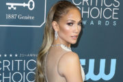 Jennifer Lopez razkrila, kako izgleda povsem brez ličil!