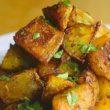 Kako pripraviti znameniti pečen krompir s TikToka, ki ga obožuje tudi Kylie Jenner